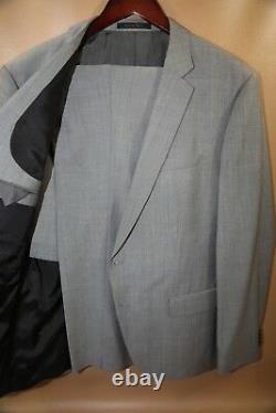 #226 HUGO BOSS Huge4/Genius3 Light Gray Suit Size 44 R SLIM FIT