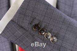 GUCCI 2017 Model Gray Plaid Slim Fit 2-Btn Wool-Silk Suit Eu 44R US 34R