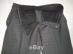 Gucci Gray Plaid Textured 2 Buttons Wool SLIM FIT Suit 42 RPants 35W x 31.5L