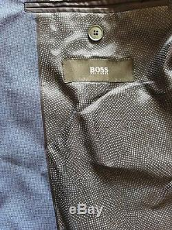 HUGO BOSS 44R MENS SUIT! PICK STITCHED! SUPER 120s! MODERN SLIM FIT! TRENDY BLUE
