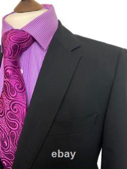 Immaculate Hugo Boss 36 Reg Luxurious Fabric Black Slim Fit Suit W30 L32