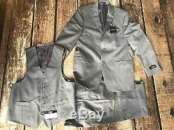 Lauren Ralph Lauren Total Stretch Slim Fit Vested Suit 100% Stripe Grey 48R 43W