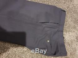Louis Vuitton Mens slim fit suit 38R Marine in Immaculate Condition 100% Wool