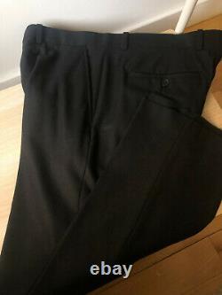 NWT Theory Slim-Fit Light Wool Suit Delano / Black / 40R
