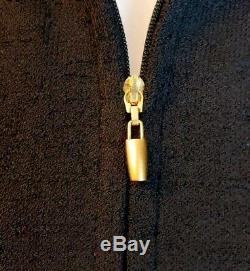 ST. JOHN (6/8) fits sz 10 Black Ivory Color Block 2pc Suit Jacket/Skirt Slimming